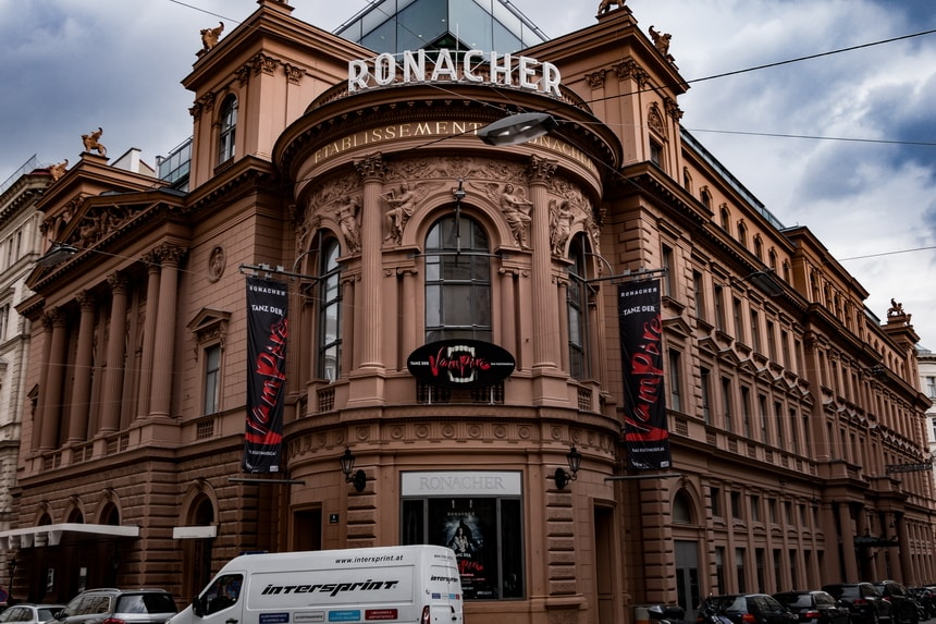 Stadttheater theater Ronacher Hitler visited in Vienna