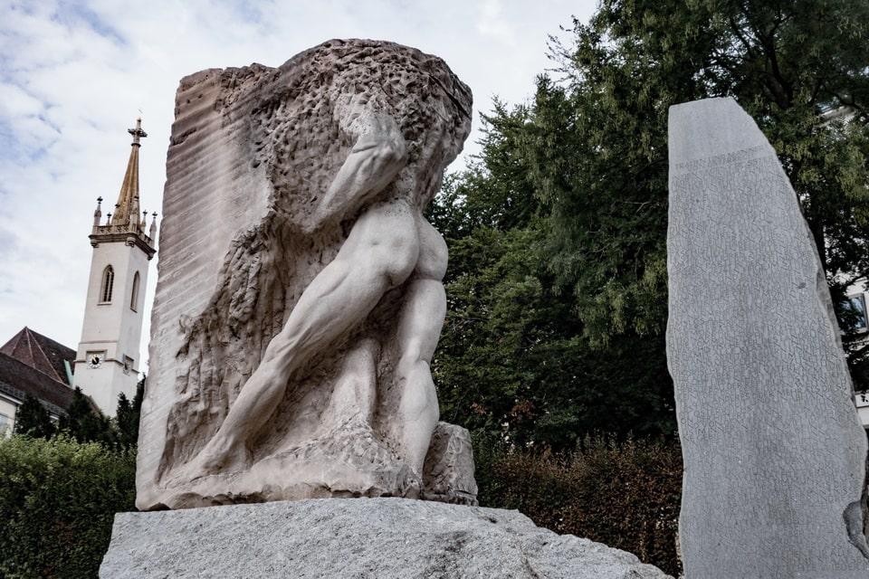 Orpheus enters the Underground world Vienna war statue