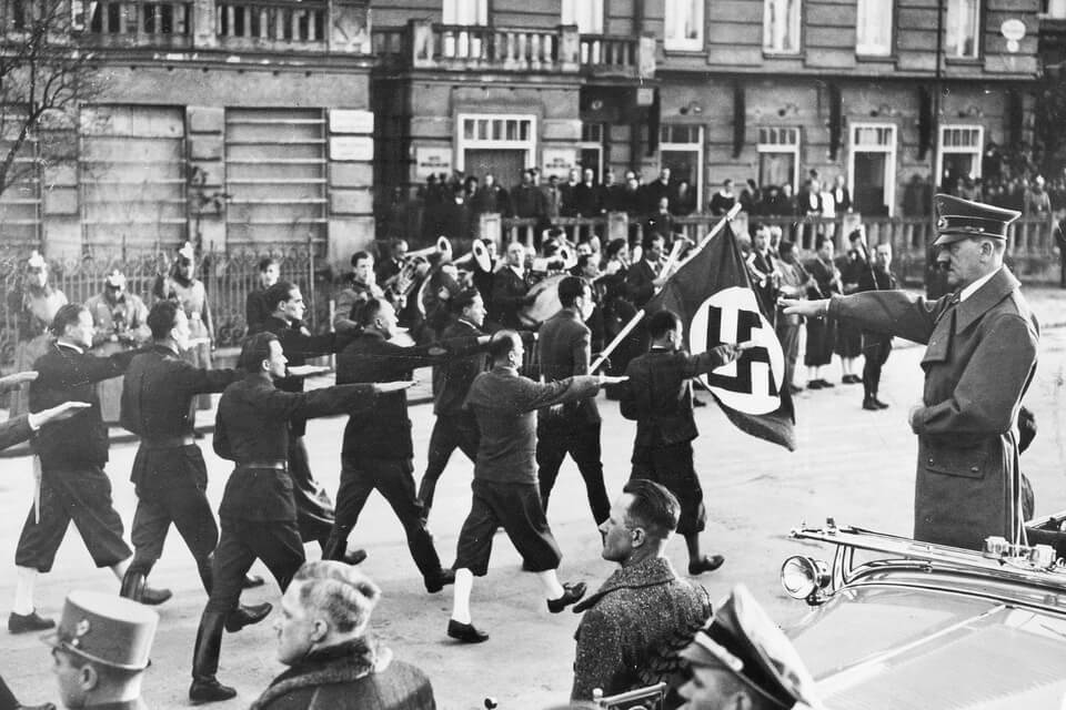 Anschluss ceremonies in Linz. Hitler in Linz 1938
