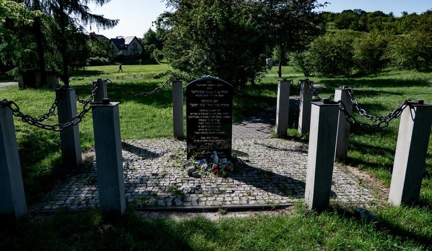 Sarah Schenirer gravestone