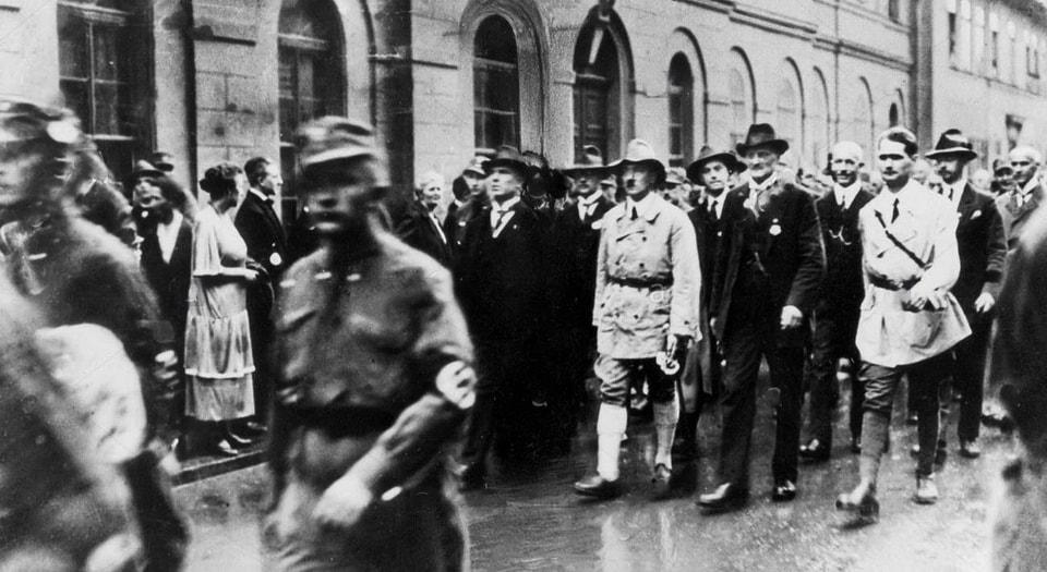 3-4 July 1926. Weimar.