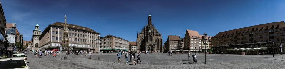 HAUPTMARKT' MAIN SQUARE (ADOLF-HITLER-PLATZ) in Nuremberg