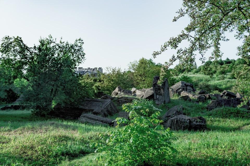 Funeral parlor ruins Plaszow