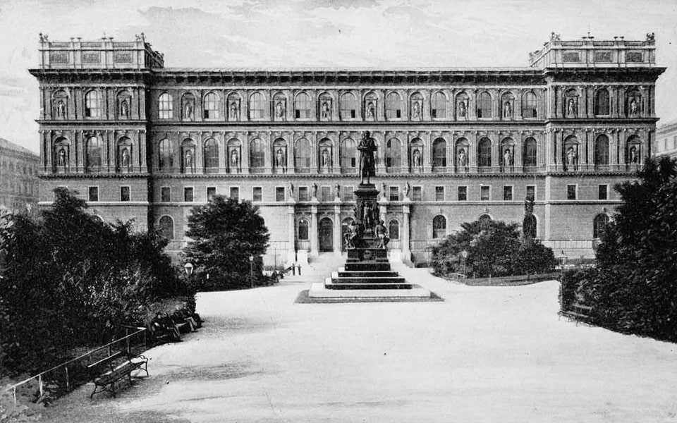 Academy of Fine Arts of Vienna and Hitler