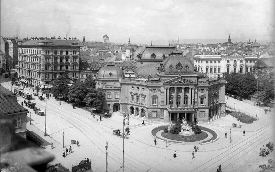 Volkstheater (Public theater) Vienna Hitler