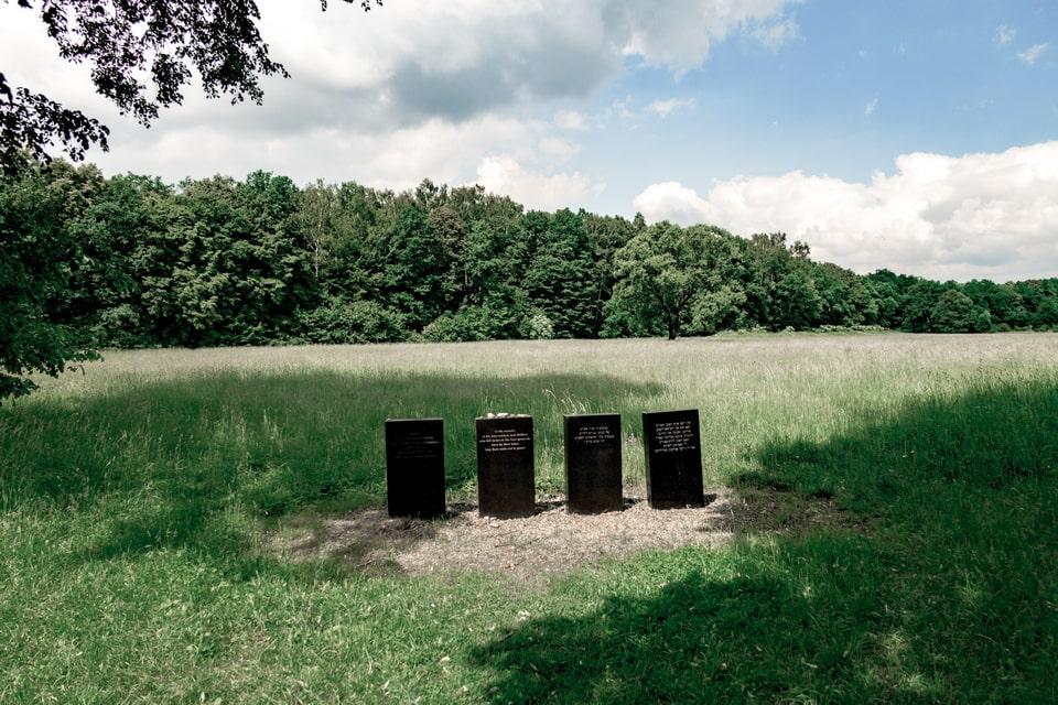Memorials to the Ash dups in Auschwitz