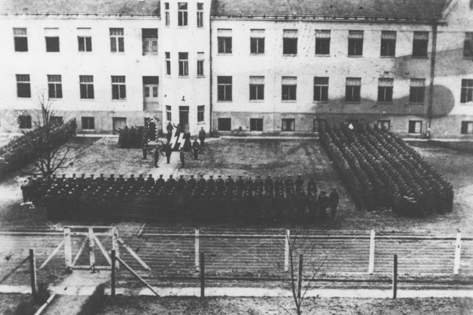 Stabsgebaude Auschwitz-1