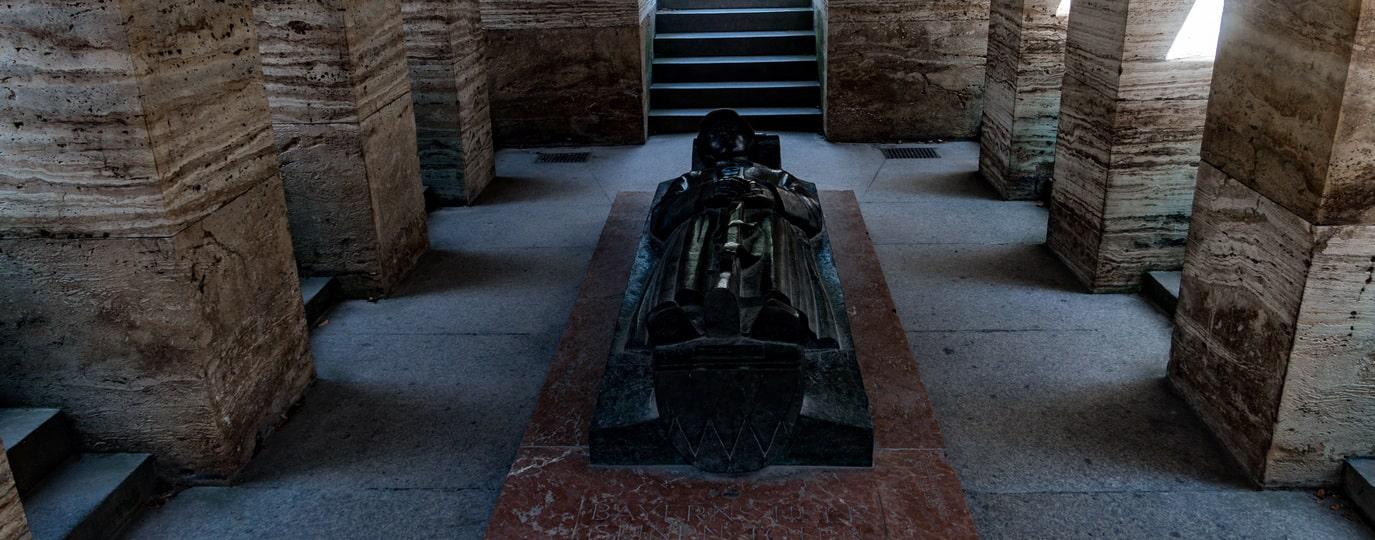WAR MEMORIAL IN MUNICH