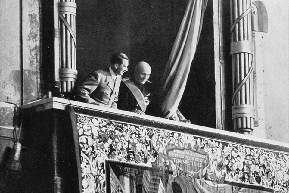 PALAZZO VENEZIA balcony Hitler and Mussolini