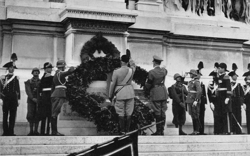 TOMB OF THE UNKNOWN SOLDIER (PIAZZA VENEZIA) HITLER AND MUSSOLINI