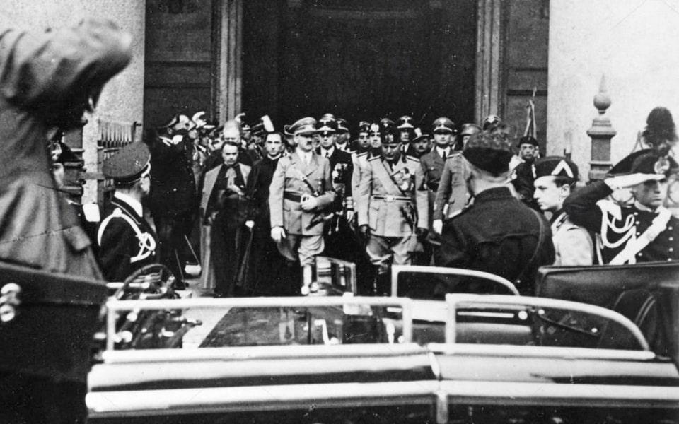 PANTHEON IN ROME 1938 HITLER VISITS ITALY