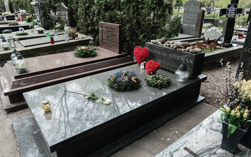 THE GRAVE OF WLADYSLAW SZPILMAN