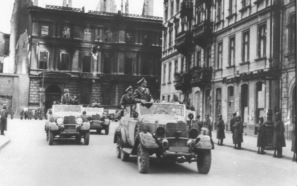 HITLER'S MOTORCADE CROSSES WARSAW 1939