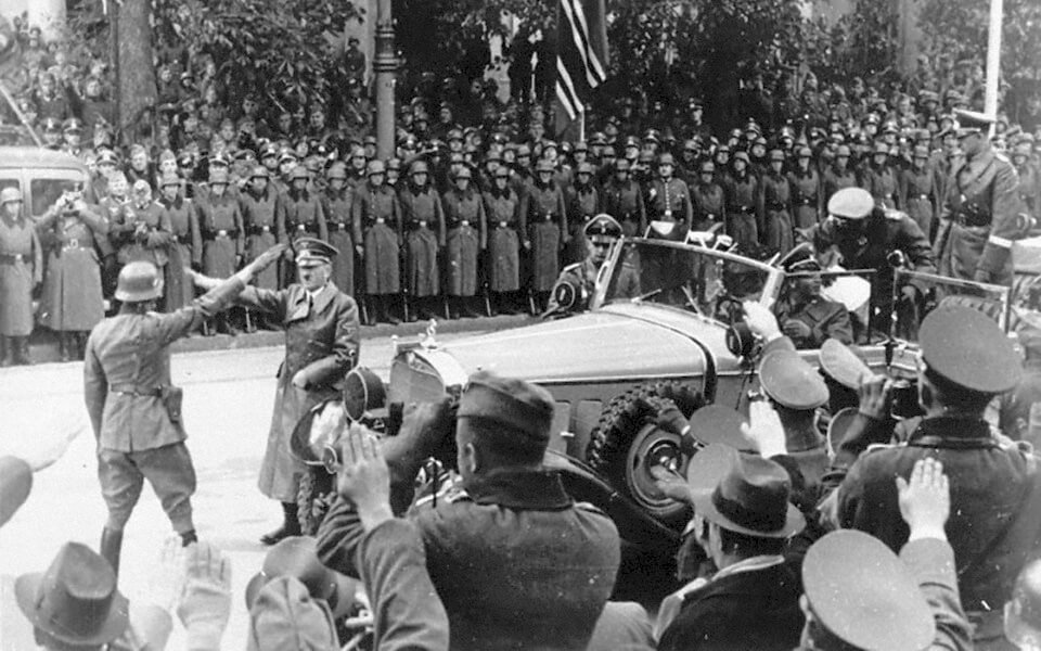 'Ujazdów Avenue' and Adolf Hitler goes Poland