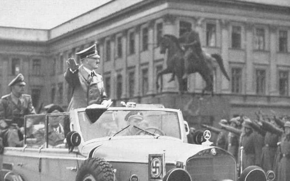 ADolf Hitler near SAXON PALACE in Warsaw