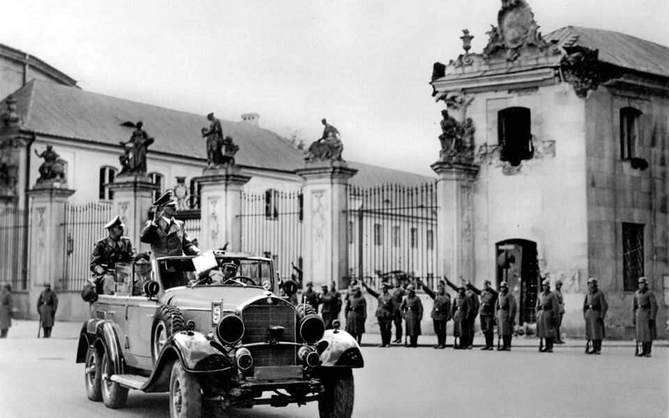 Adolf Hitler at the Saxon square