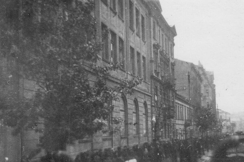 Chlodna 33, Janusz Korczak's orphanage