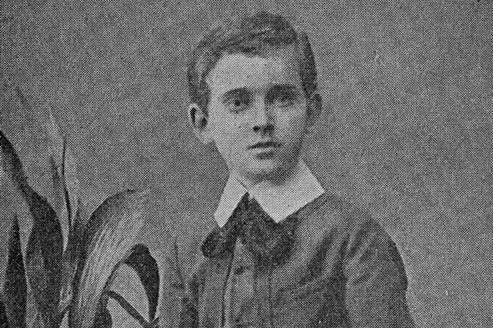 A young Henryk Goldsmith (Janusz Korczak)