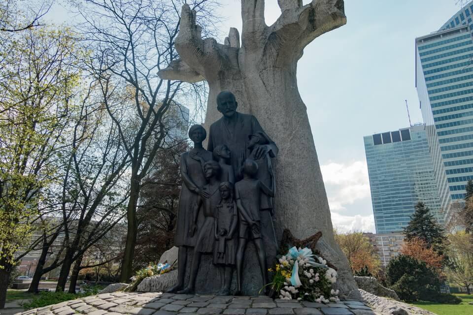 A monument to Janusz Korczak in Warsaw