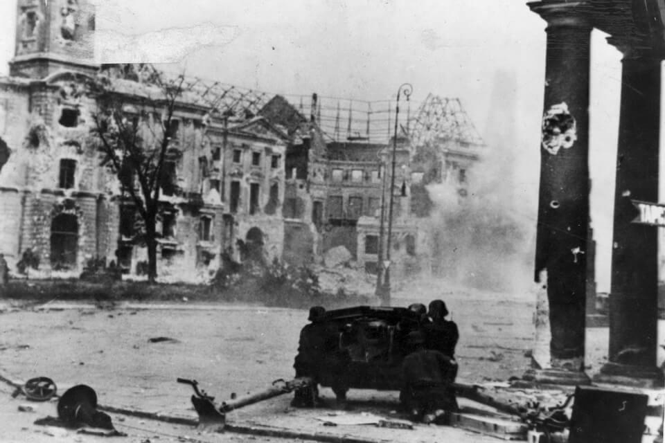 warsaw uprising 1944: annihilation of the polish capital