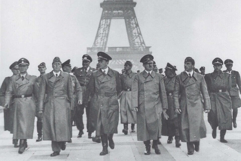 Hitler at the Eiffel tower 1940
