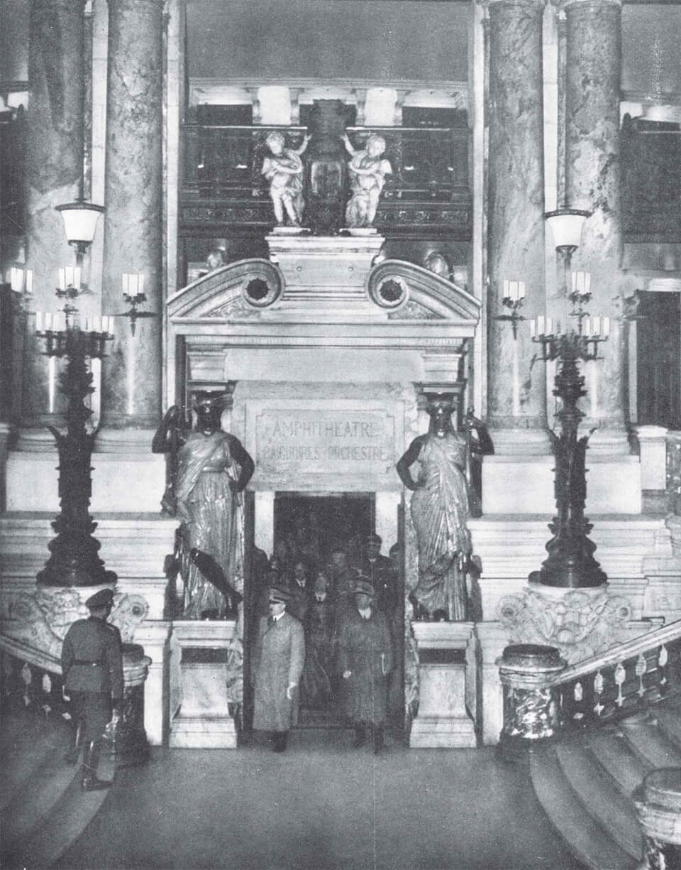 OPERA GARNIERin Paris, Hitler 1940