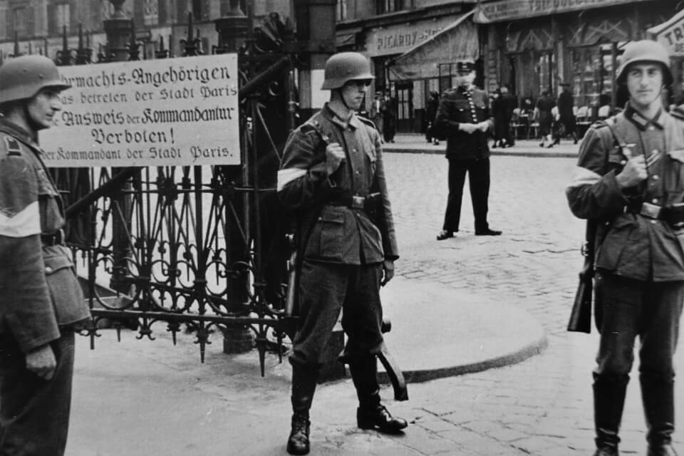 German soldiers on the streets of Paris