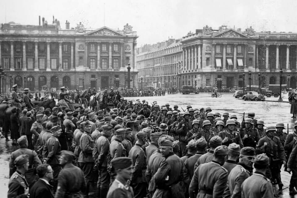 PLACE DE LA CONCORDE, June 14 1940 Paris