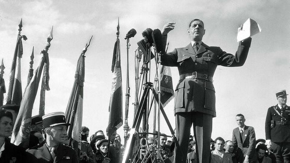 De Gaulle June 16, 1946 in Bayeux