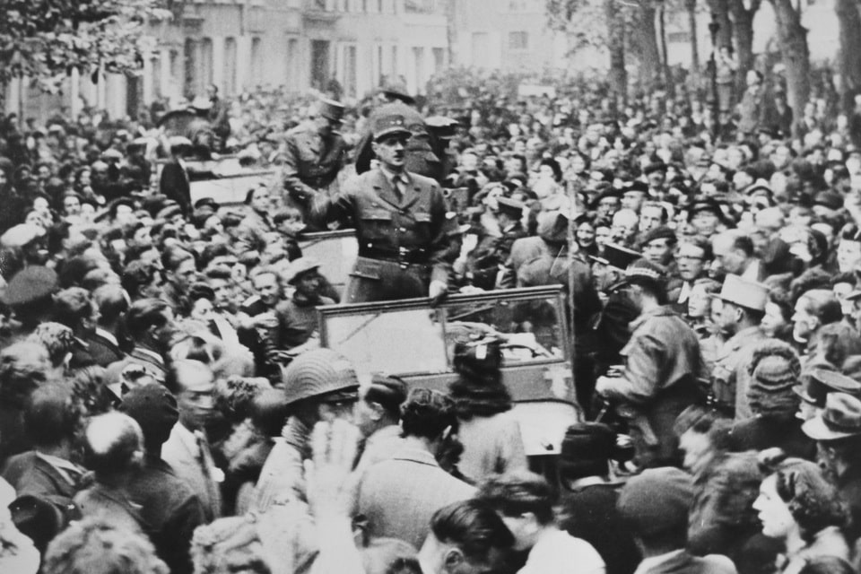 Charles de Gaulle in the city of Bayeux 1944