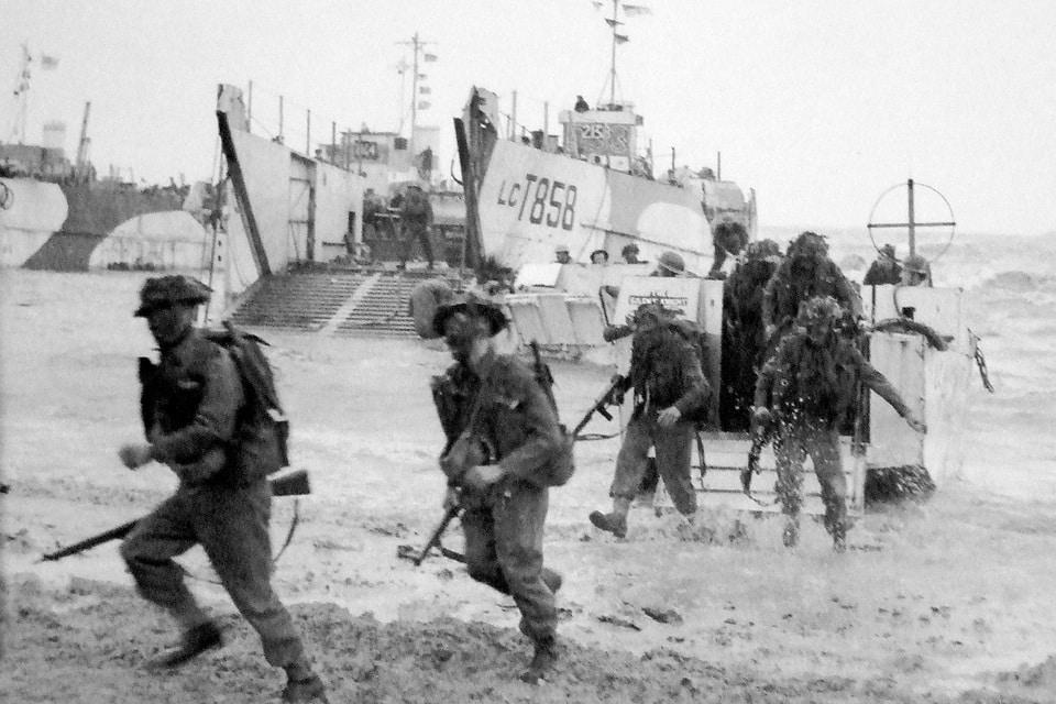 British commandos rush ashore at 'Gold Beach' on D-Day 1944