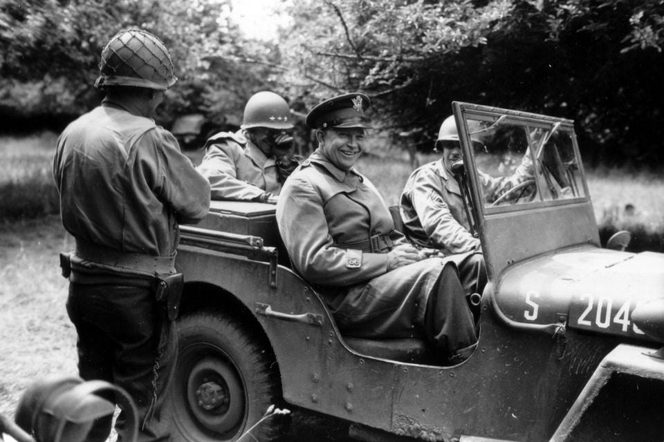 Generals Dwight Eisenhower and Omar Bradley in Normandy