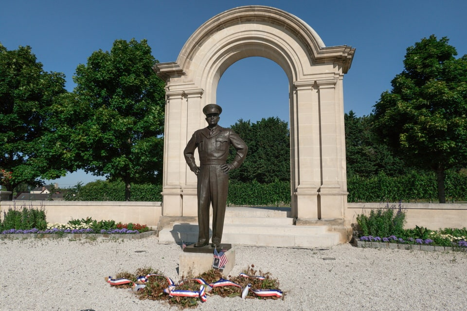 A MEMORIAL TO DWIGHT EISENHOWERin Normandy, Baeyux