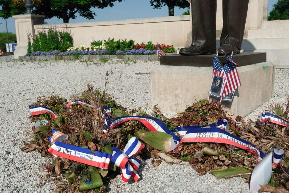 A MEMORIAL TO DWIGHT EISENHOWERin Bayeux