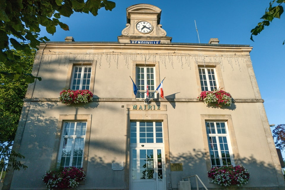 Mairie of Benouville today