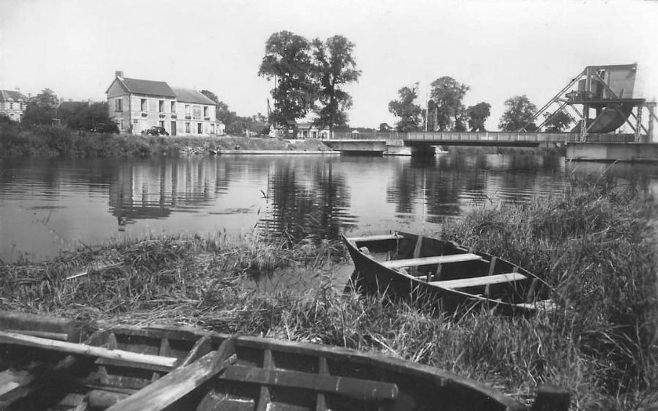 Caen canal and Benouville before D-Day