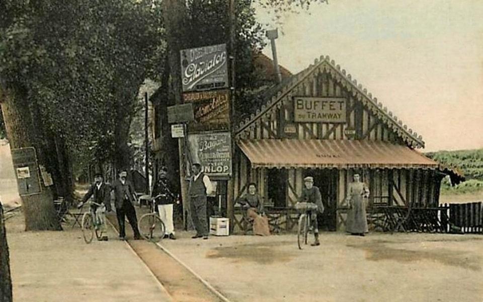 Buffet du Tramway in Benouville, the later XIX century