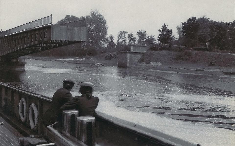 'Le Pont Tournant' in Ranville