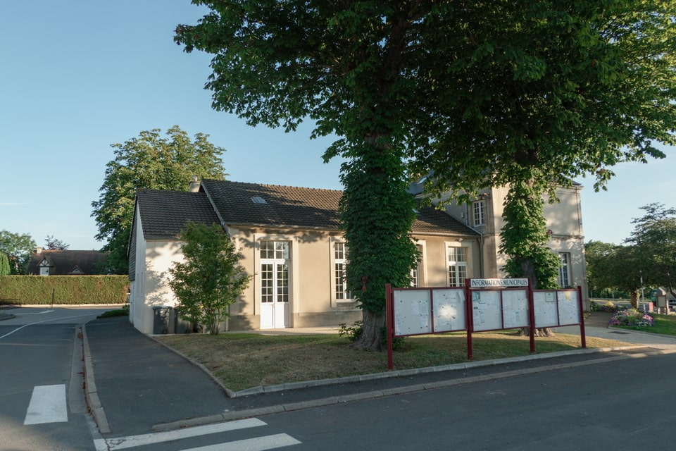 Townhall of Benouville