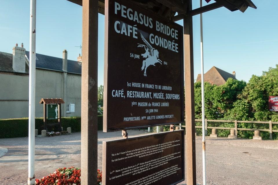 pegasus bridge café gondrée bénouville france